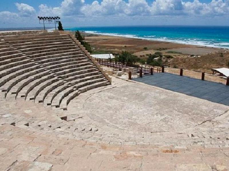 Curium Amphitheatre bus trip excursion pafos paphos luxcy services